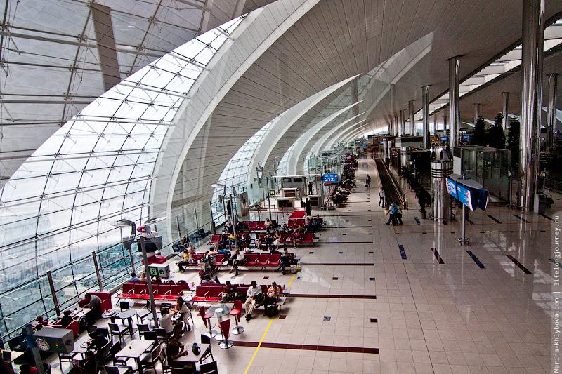 в аэропорту Дубай (DXB)