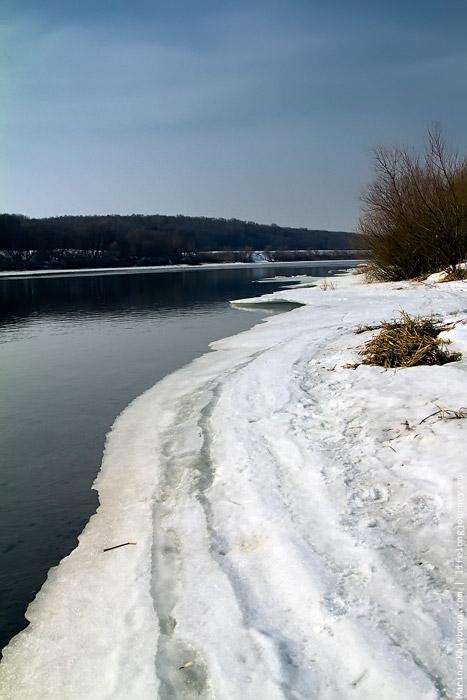 Льдины плывут все реже
