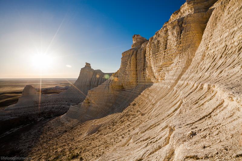Меловые скалы Актолагая