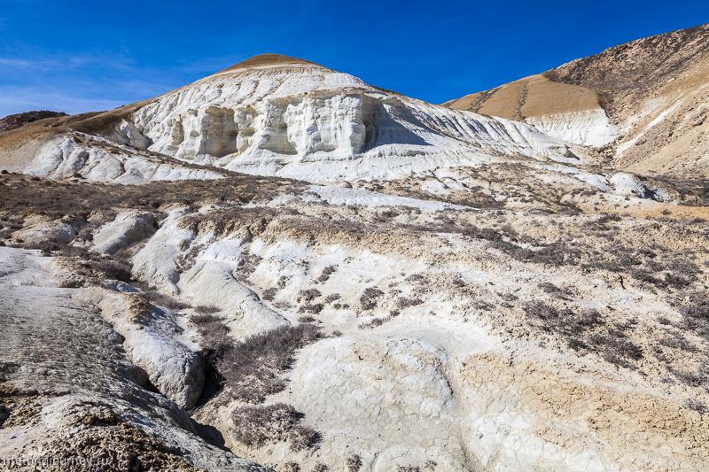 Меловые скалы возле Туз-Баира